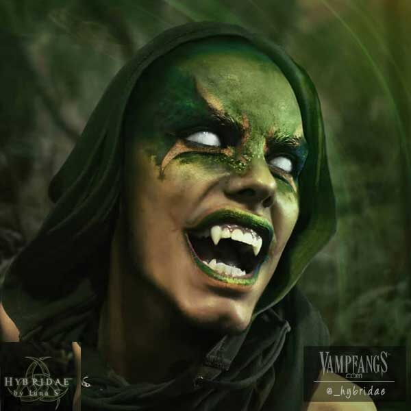 vampfangs-hybrideae-subtle-werewolf-fangs-scarecrow1